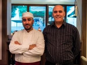 Le patron et son cuisinier