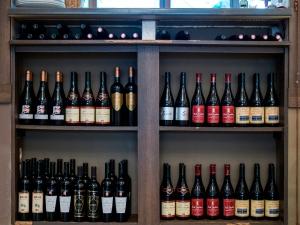 A la, Baie de Tanger, un choix de vins du Maghreb formidable