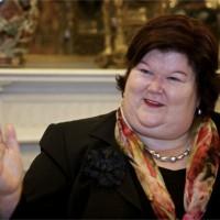 Maggie De Block, uit Merchtem, superstar in alle talen. #begov #merchtem #jodoigne #brabantwallon #begov  #vlaamsbrabant #MRbe #MR1mai #OpenVLD