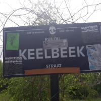 """Woelige ontruiming van de """"Keelbeek"""" in Haren. #justitie #politie #brussel"""