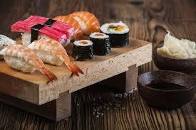 """A l' """"Attrap'Sushi"""" (c) """"Le Vif"""""""