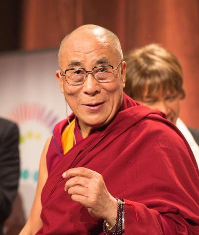 Pourquoi le Dalaï-Lama appelle les migrants à quitterl'Europe