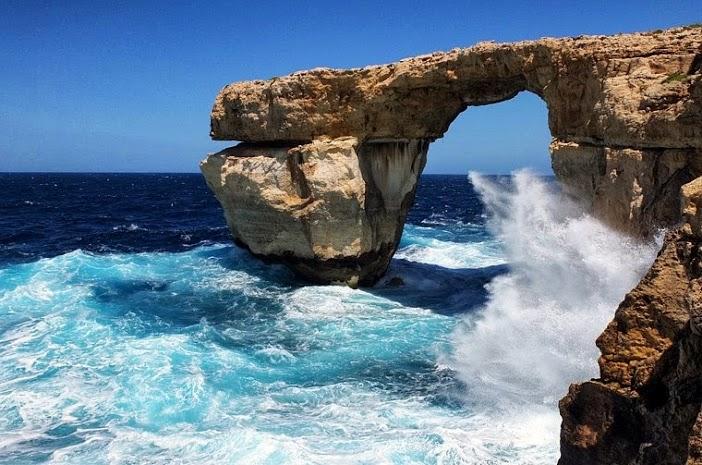 gozo-cliff