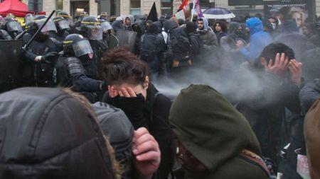 Manifestations «anticapitaliste» et «antifasciste» à Paris et àRennes