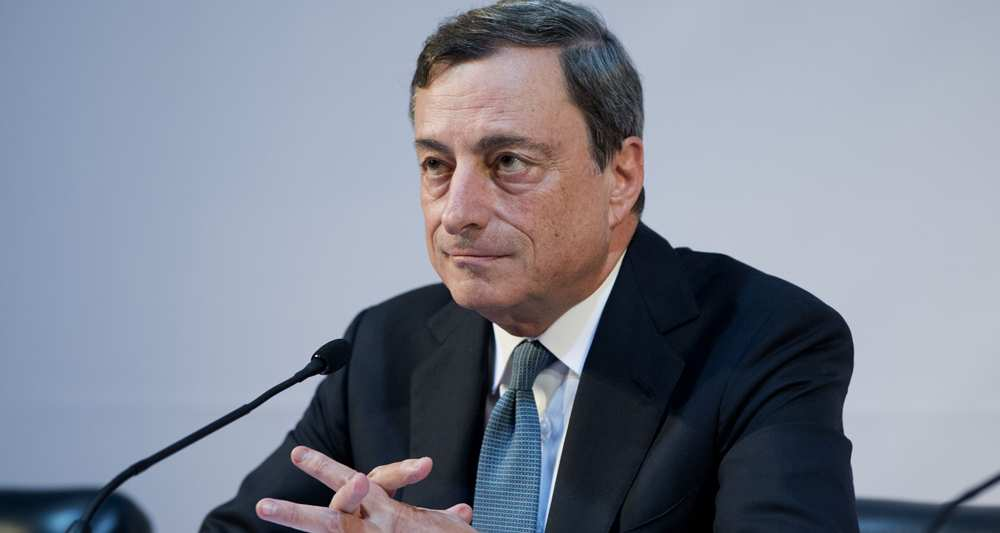 Draghi: BCE ne change pas d'orientation